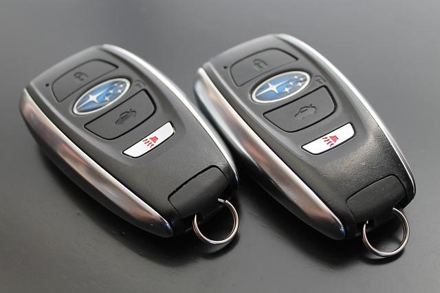 Nové kľúče od auta a spínače