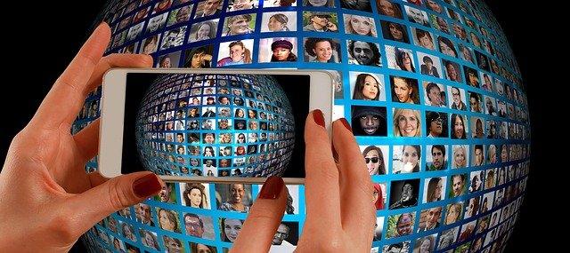 """Online politické reklamy """"potrebujú zmenu zákona"""""""