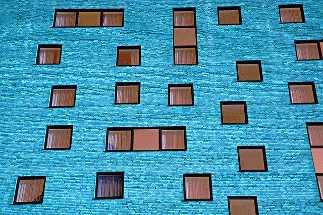 Faktory pri výbere okien alebo plastové a hliníkové okná